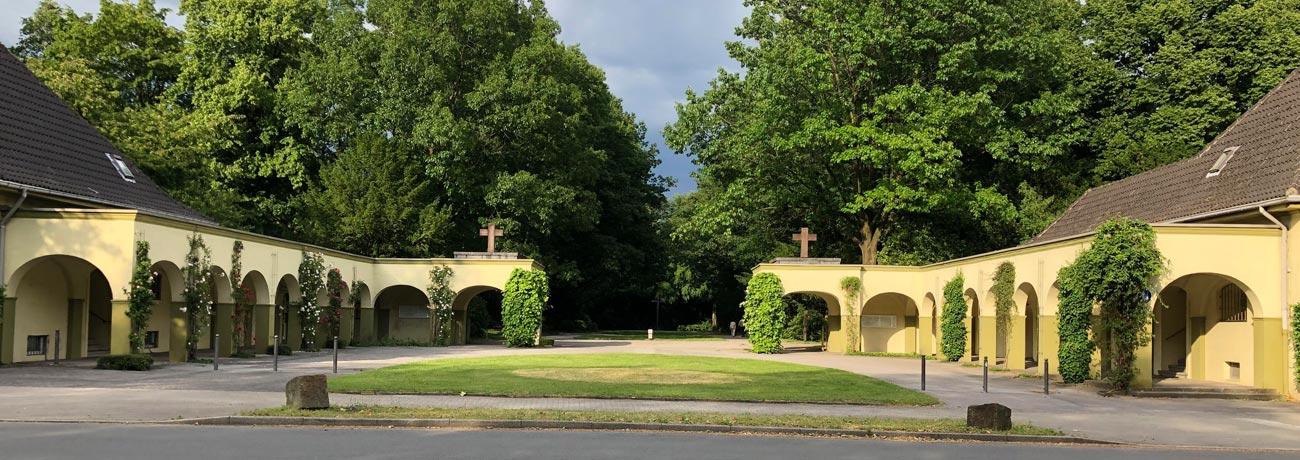 hauptfriedhof-buer-eingang
