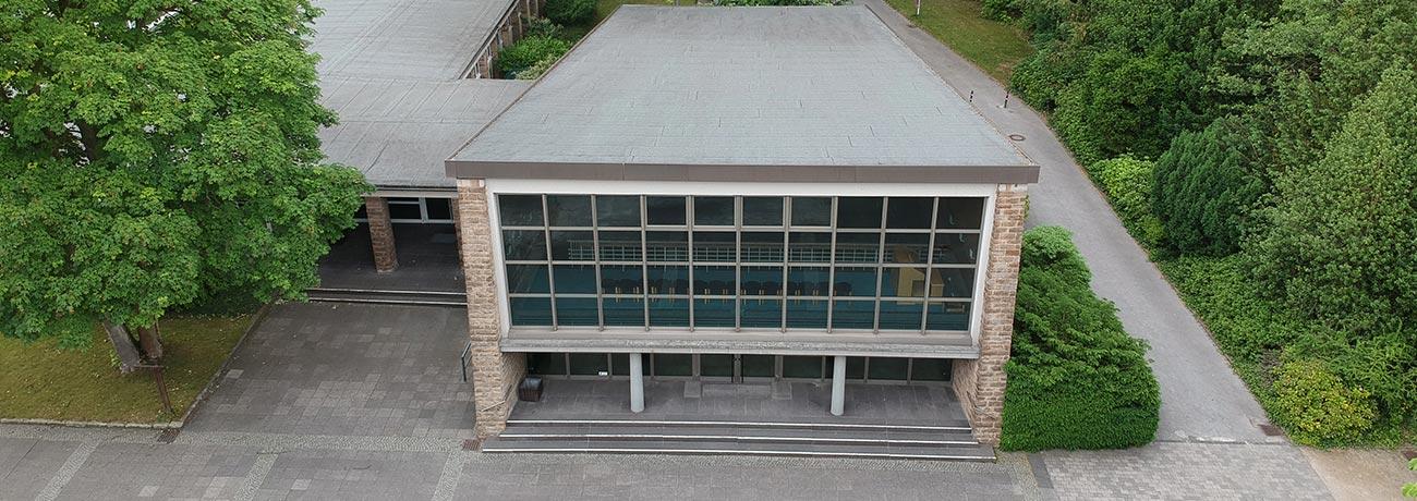 hauptfriedhof-buer-trauerhalle